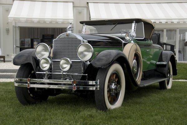 Klassieke auto's in Louwman Museum Den haag